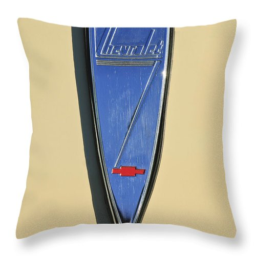 1933 Chevrolet Throw Pillow featuring the photograph 1933 Chevrolet Emblem by Jill Reger