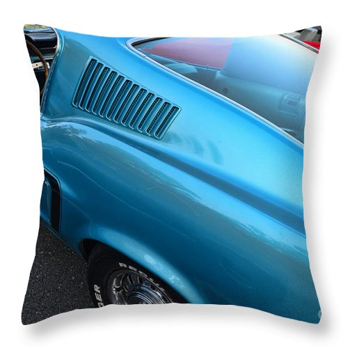 1968 Mustang Throw Pillow featuring the photograph 1968 Ford Mustang Fastback Profile by Paul Ward