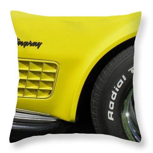 1972 Throw Pillow featuring the photograph 1972 Corvette Stingray by Sven Migot