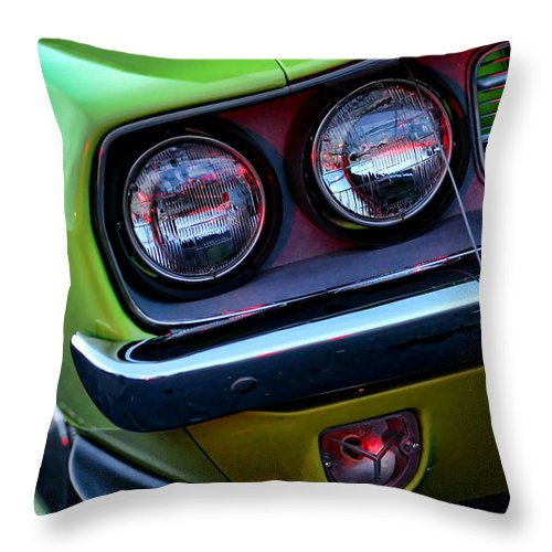 426 Throw Pillow featuring the photograph 1971 Plymouth Hemicuda by Gordon Dean II