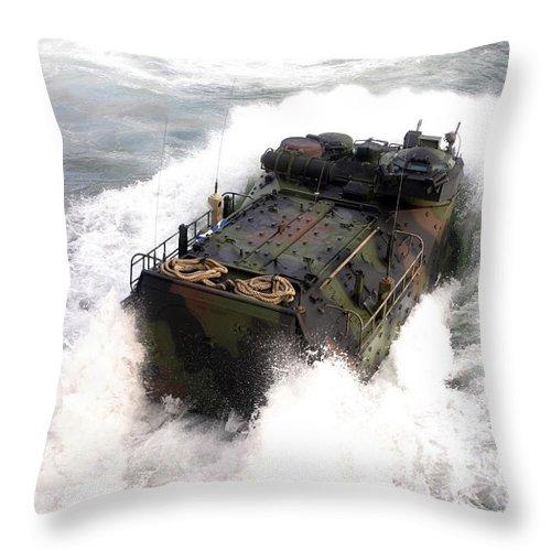 Aav Throw Pillow featuring the photograph An Amphibious Assault Vehicle by Stocktrek Images