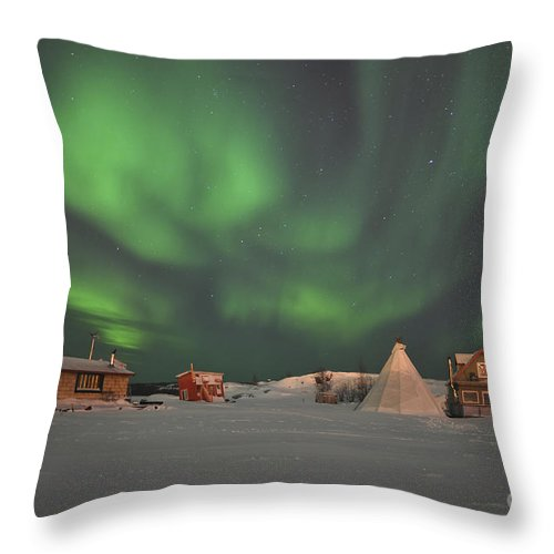 Yellowknife Throw Pillow featuring the photograph Northern Lights Above Village by Jiri Hermann