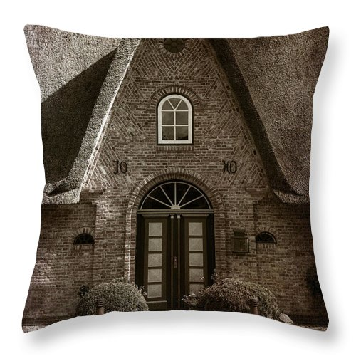 House Throw Pillow featuring the photograph Thatch by Joana Kruse