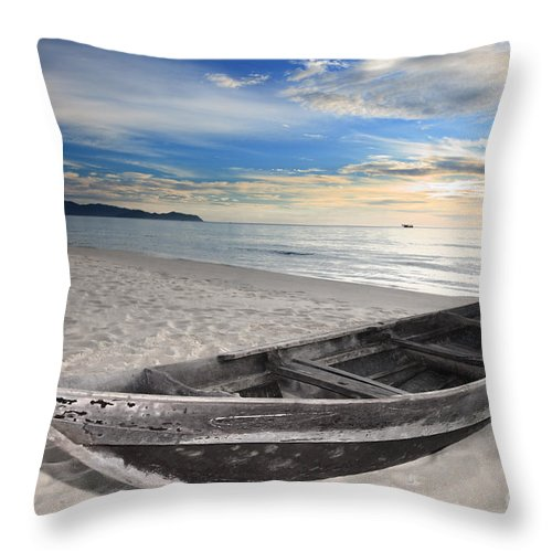 Vietnamese Throw Pillow featuring the photograph Boat by MotHaiBaPhoto Prints