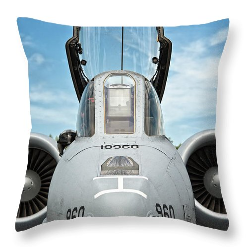 A-10 Throw Pillow featuring the photograph A-10 Thunderbolt II - Eye To Eye by Marta Holka