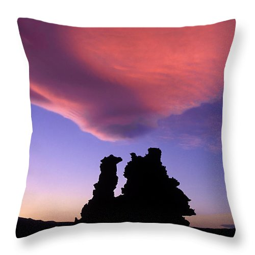 Mono Lake Throw Pillow featuring the photograph A Mono Lake Sunset by Dave Mills