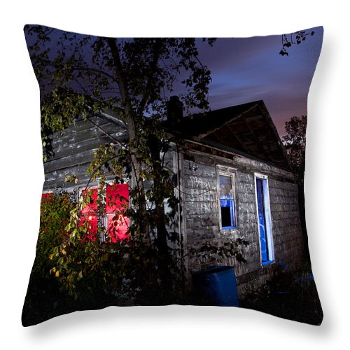 Landscape Throw Pillow featuring the photograph Abandoned Home by Cale Best
