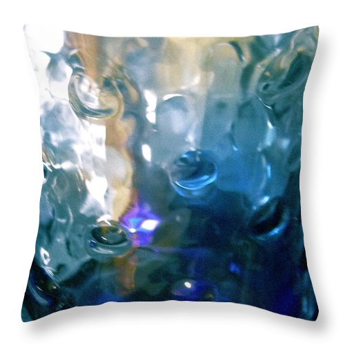 Green Throw Pillow featuring the photograph Abstract 1725 by Stephanie Moore