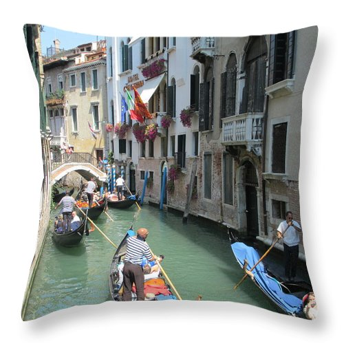 Elaine Haakenson Throw Pillow featuring the photograph Amazing Venice by Elaine Haakenson