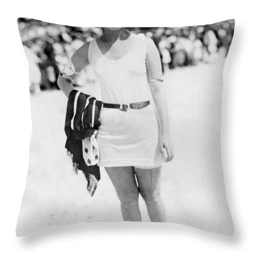 19th Century Throw Pillow featuring the photograph Atlantic City: Woman by Granger