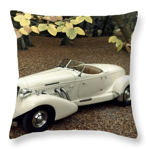 1935 Throw Pillow featuring the photograph Auto: Auburn, 1935 by Granger