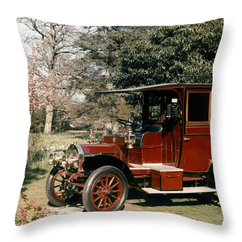 1908 Throw Pillow featuring the photograph Auto: French Taxi, 1908 by Granger