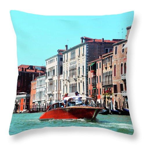 Barca Throw Pillow featuring the photograph Barca Di Venezia by La Dolce Vita