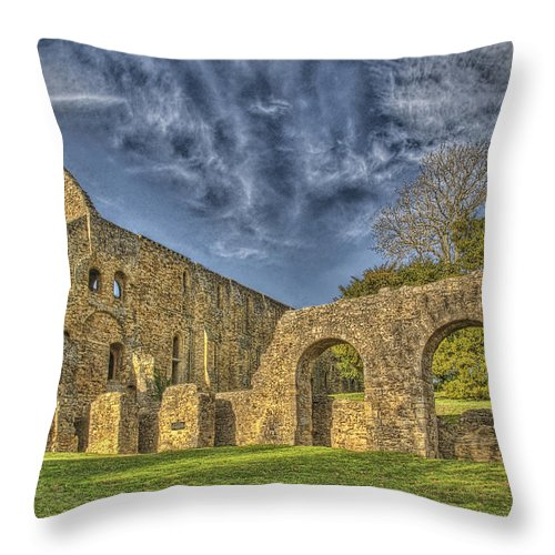 Battle Abbey Throw Pillow featuring the photograph Battle Abbey Ruins by Chris Thaxter