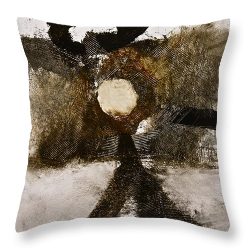 Abstract Paintings Throw Pillow featuring the painting Beachcomber by Cliff Spohn