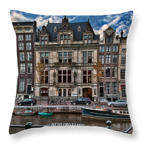 Holland Amsterdam Throw Pillow featuring the photograph Beulingsluis. Amsterdam by Juan Carlos Ferro Duque