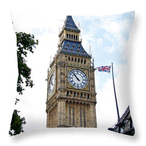 Big Ben Throw Pillow featuring the photograph Big Ben by Jim Pruett