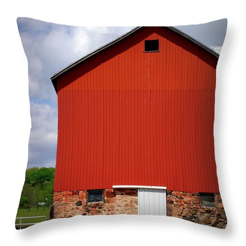 Red Barn Throw Pillow featuring the photograph Big Red by Linda Mishler