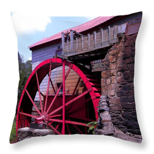 Old Mill Of Guilford Throw Pillow featuring the photograph Big Red Wheel by Sandi OReilly