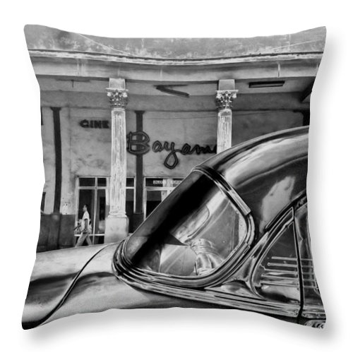 Cuba Throw Pillow featuring the photograph Black Car Havana by Andrew Fare