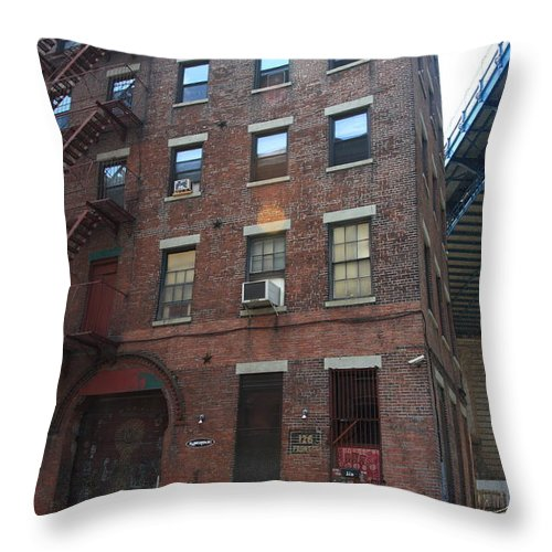 Apartments Throw Pillow featuring the photograph Brooklyn New York - 126 Front Street. by Frank Romeo