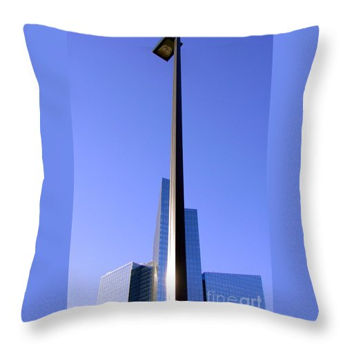 Building Throw Pillow featuring the photograph Building And Lamp by Mike Nellums