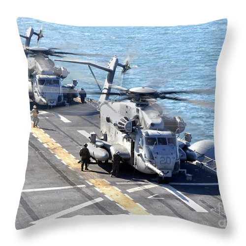 Warship Throw Pillow featuring the photograph Ch-53e Super Stallion Helicopters by Stocktrek Images