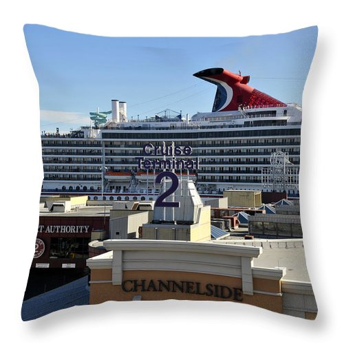 Cruise Ship Throw Pillow featuring the photograph Channelside Tampa by David Lee Thompson