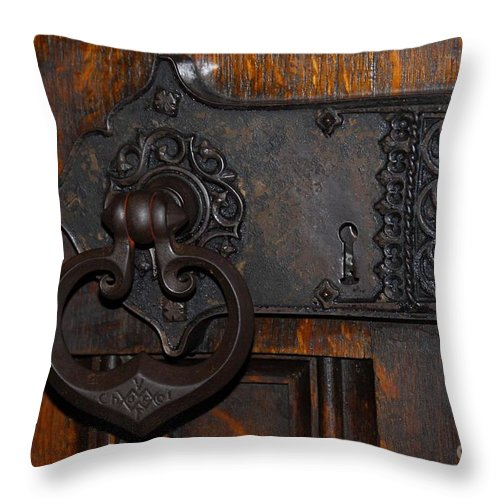 Doors Throw Pillow featuring the photograph Chapel Door by Cindy Manero