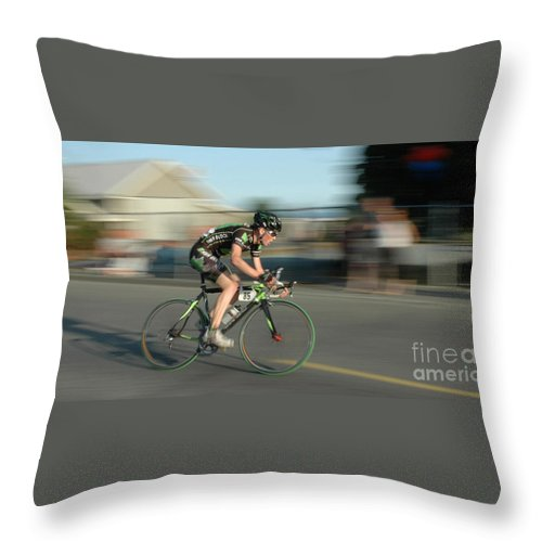 Bicycles Throw Pillow featuring the photograph Chasing The Pack by Vivian Christopher