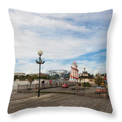 Beach Throw Pillow featuring the photograph Clacton Pier by Dawn OConnor