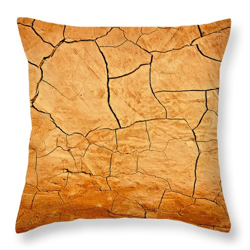 Clay Throw Pillow featuring the photograph Clay Bake Oven by David Patterson