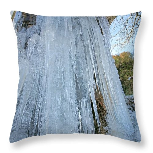 Cold Throw Pillow featuring the photograph Cold Day In The Valley 6 by David Birchall