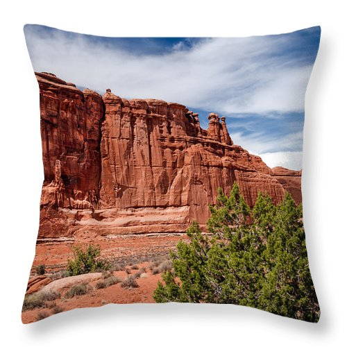Arches National Park Throw Pillow featuring the photograph Courthouse IIi by Robert Bales