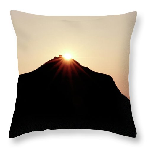 Lanaii Throw Pillow featuring the photograph Crown Jewel by Bob Christopher