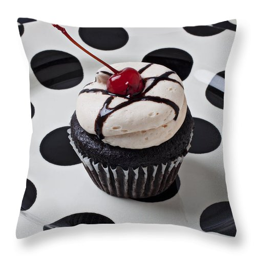 Cupcake Throw Pillow featuring the photograph Cupcake With Cherry by Garry Gay