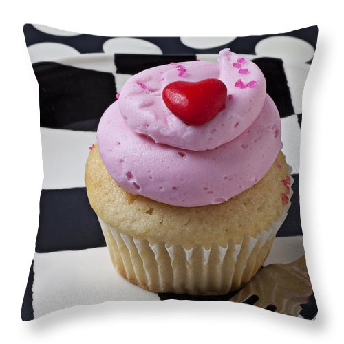 Cupcake Throw Pillow featuring the photograph Cupcake With Heart On Checker Plate by Garry Gay
