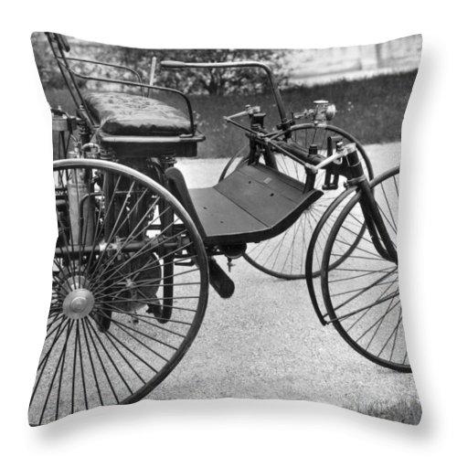 1889 Throw Pillow featuring the photograph Daimler Automobile, 1889 by Granger