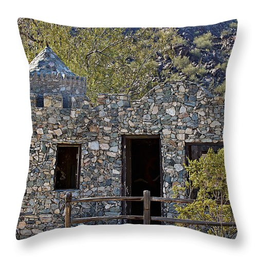 Building Throw Pillow featuring the photograph Desert Castle by Phyllis Denton