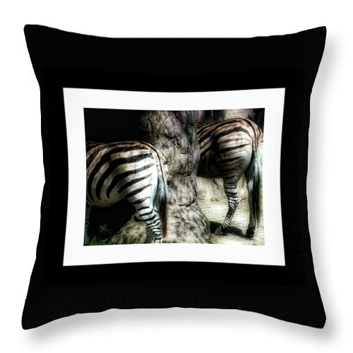Animals Throw Pillow featuring the photograph Dinnertime by Bonnie Bruno