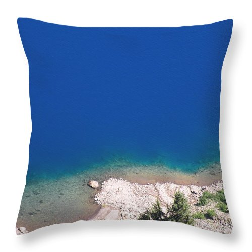 Crater Throw Pillow featuring the photograph Down To The Abyss by David Quist