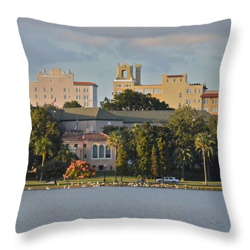 Building Throw Pillow featuring the photograph Downtown Lakeland by Carol Bradley