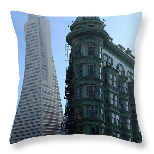 San Francisco Throw Pillow featuring the photograph Downtown San Francisco 2 by Bob Christopher