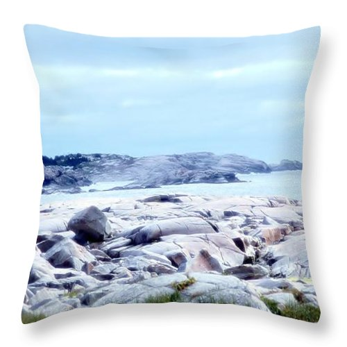 Dreamy Throw Pillow featuring the photograph Dreamy Coastal Scene by Kathleen Struckle