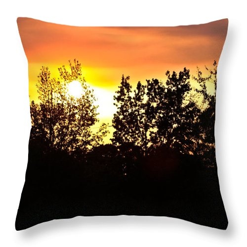 East Tx Sunset Throw Pillow featuring the photograph East Texas Sunset by Kim Henderson
