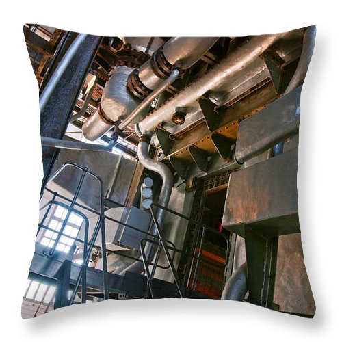 Abstract Throw Pillow featuring the photograph Electric Plant by Carlos Caetano