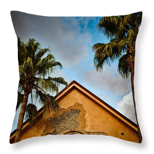 Florida Throw Pillow featuring the photograph Evening Glow by Christopher Holmes
