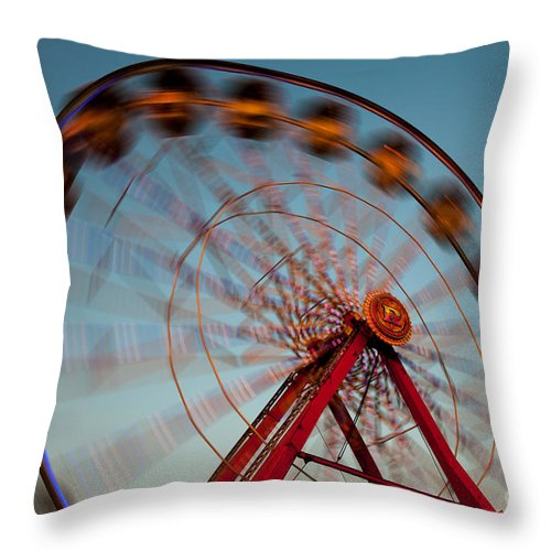 Clarence Holmes Throw Pillow featuring the photograph Ferris Wheel Iv by Clarence Holmes