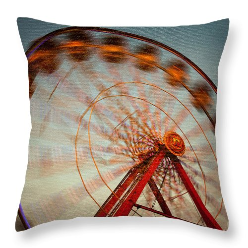 Clarence Holmes Throw Pillow featuring the photograph Ferris Wheel Vi by Clarence Holmes