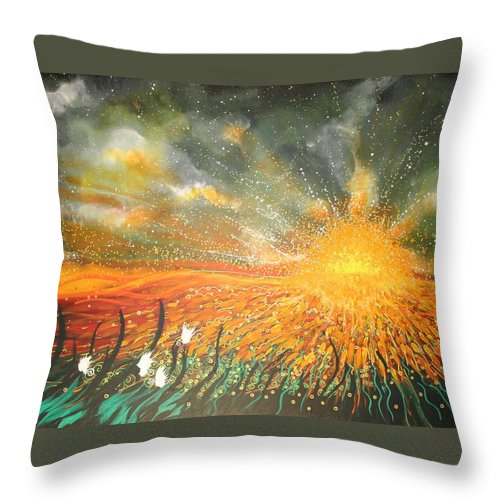 Sun Throw Pillow featuring the painting Field Of Gold by Naomi Walker